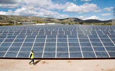 С над 1/3 нараснало производството на ток от ВЕИ в Югоизточна България