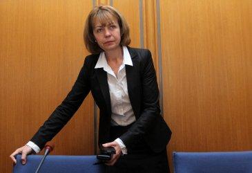 Фандъкова ще връща доверието в столичното парно, съсипвайки го финансово