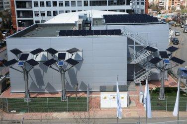 """ГлоБул"" направи слънчева централа за собствени нужди"