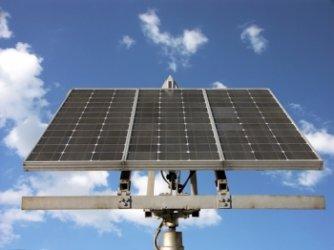 Проверява се трябва ли да е ограничено купуването на слънчевия ток