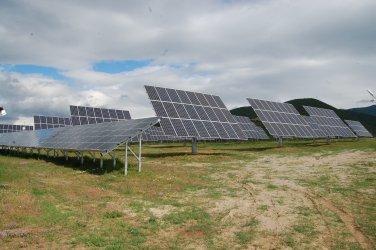 БЕХ иска държавата да обложи с 30% приходите на слънчевите централи