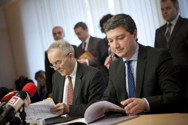 Преговаряме с Москва за ново сваляне цената на газа