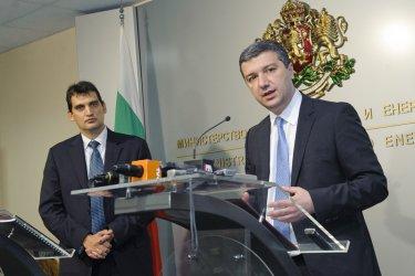 Стойнев предупреди Щонов: Внимавайте с външните консултанти