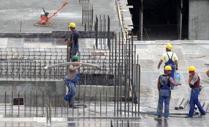 Намаляват желаещите да стоят нови жилища, расти интересът към офис сградите
