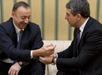 България иска да разшири доставките на азерски газ