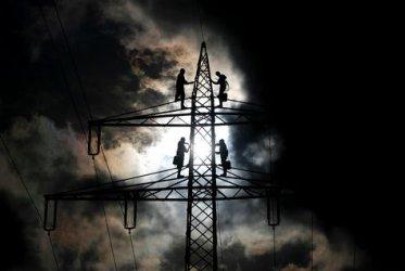 БСП с черни прогнози заради цените на тока, ГЕРБ: Не политиканствайте