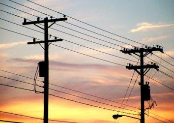 Индустрията възропта, че износът на ток остава привилегирован