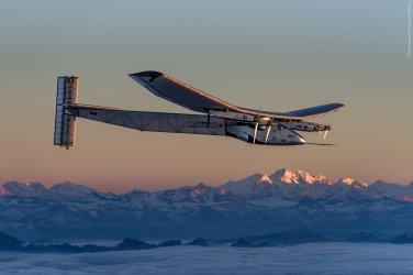 Неотложен ремонт прeкъсва за 2-3 седмици полета на слънчевия самолет