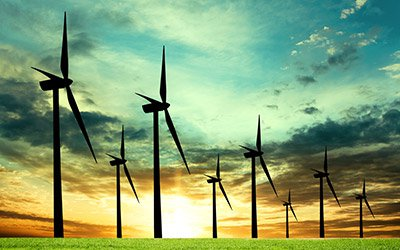 Парламентът даде зелена светлина за орязване цените на поне 300 ВЕИ-централи