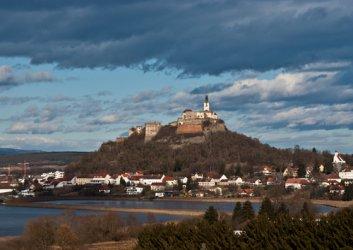 Гюсинг, Австрия: От Желязната завеса до