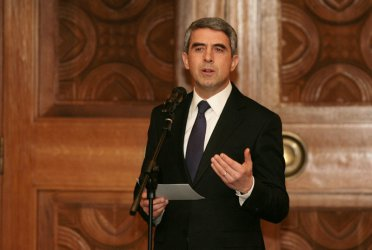 Плевнелиев поиска депутатите да подкрепят всички проекти за модернизиране на армията