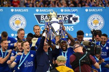 Лестър официално бе коронован за шампион на Англия