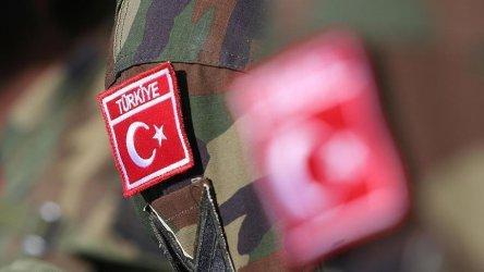 Турските власти арестуваха над 100 членове на прокюрдската Демократична партия