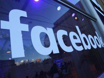 Изтичане на данни разкри правилата на цензура във Фейсбук