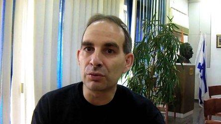"""Журналист от БНР одобри """"легитимното"""" опожаряване на крана пред НДК"""