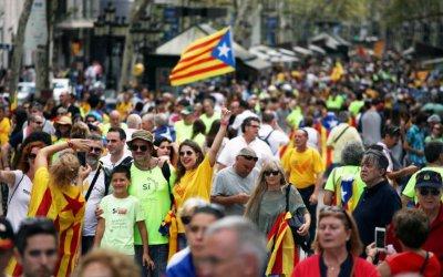 Главният прокурор на Испания заплаши каталунския премиер със затвор