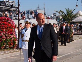 Президентът поиска да се купят кораби за Военноморските сили