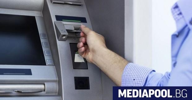 Цял банкомат е бил откраднат от хипермаркет в Дупница в