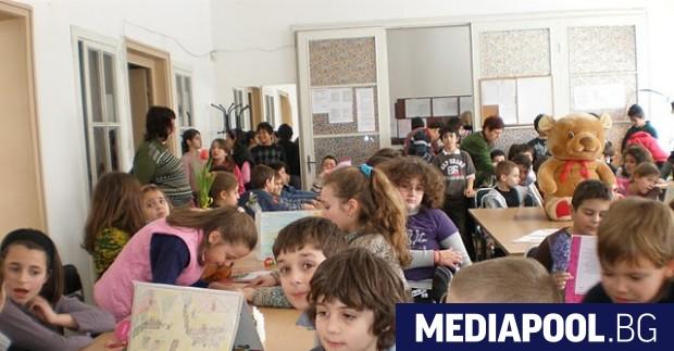 Снимка: Колко безплатно е задължителното предучилищно образование