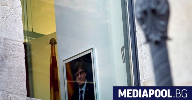 Сваленият каталунски лидер Карлес Пучдемон вече не е премиер,