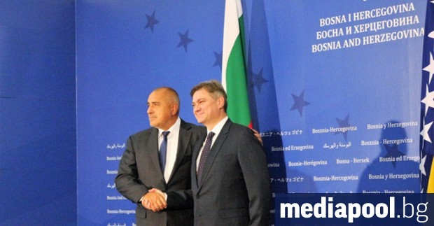 Бойко Борисов и Денис Звиздич. Снимка: БГНЕС