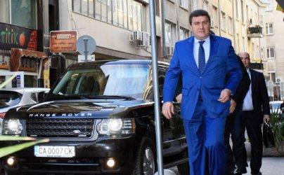 """Валентин Златев подава сигнал за """"класически дъмпинг"""" срещу Марешки в КЗК"""