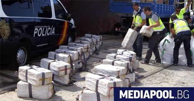 Намереният педи години на кораба кокаин Общо шест души от