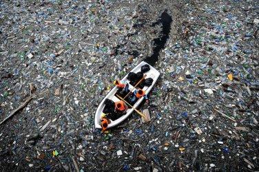 Световен междубраншов консорциум ще използва океанските пластмасови отпадъци