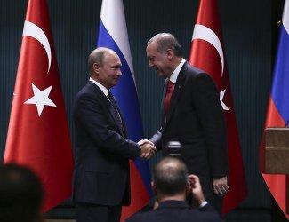 Турция и Русия работят по евакуацията на 500 души от Дамаск, обяви Ердоган