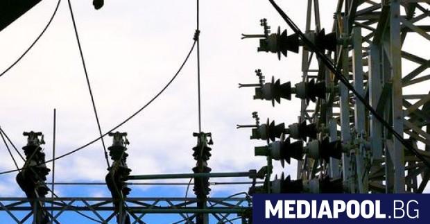 Доставчици на електроенергия за стопанските потребители готвели драстично и спекулативно