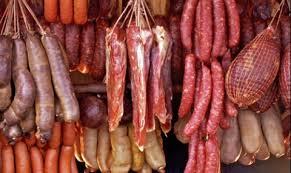 Засилени проверки в цялата страна на магазини и складове за месо