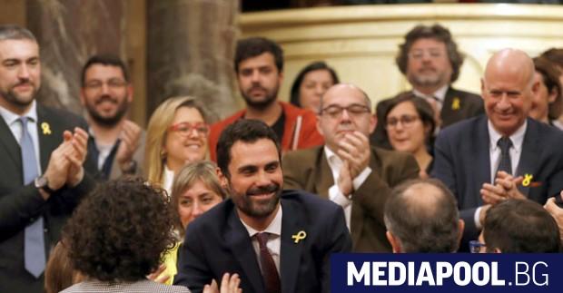 Роже Торен (в средата) Партиите, привърженици на независимостта на Каталуния,