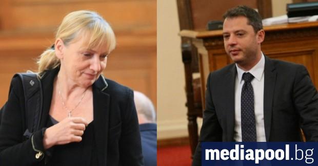 Няколкомесечната словесна схватка между депутатите Делян Добрев (ГЕРБ) и Елена
