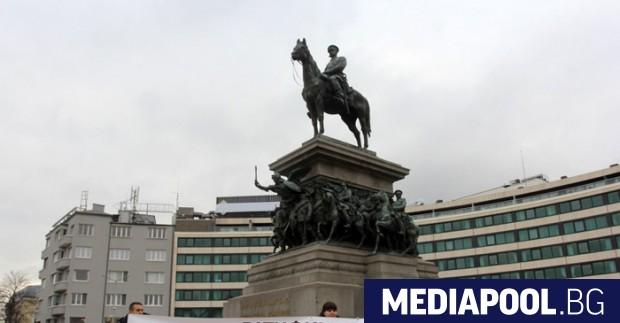 България ще ратифицира Истанбулската конвенция, заяви правосъдният министър Цецка Цачева