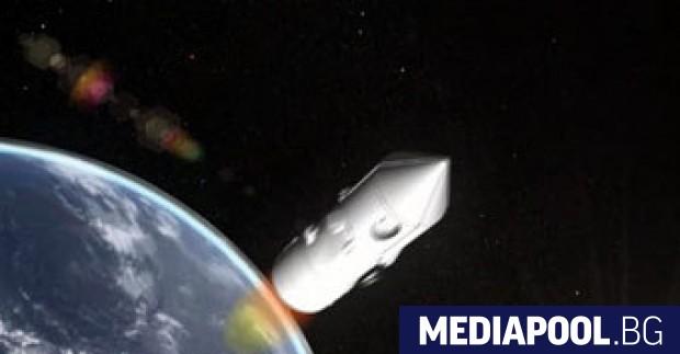 Американски шпионски сателит, изстрелян с ракета на американската частна компания