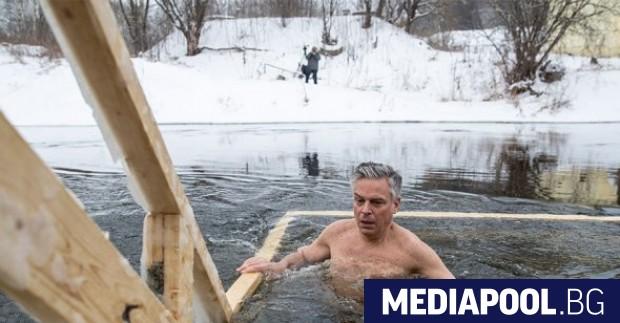 Американският посланик в Русия Джон Хънтсман се включи в традиционните
