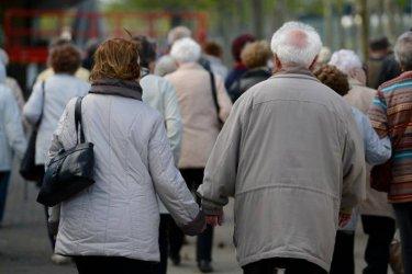 Анкета показва, че сексът е най-добър на 60 години