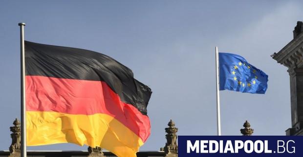 Ангела Меркел възнамерява да постави четвъртия си мандат начело на