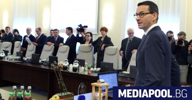 Матеуш Моравецки Полският премиер Матеуш Моравецки каза, че диалогът с