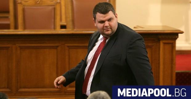 Делян Пеевски заяви, че президентът Румен Радев му дължи извинение