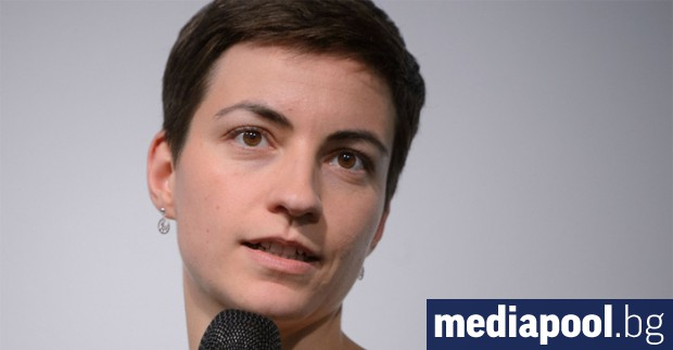Българското правителство така и не се е извинило на евродепутата