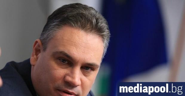 Кандидатът на управляващата коалиция между ГЕРБ и