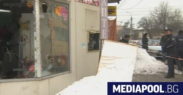 Сн. бТВ Полицията задържа петима души след взривяване на поредния