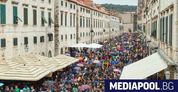 Поток от туристи в Дубровник Най-привлекателните туристически места в Европа