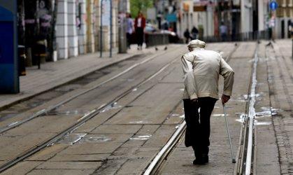 Най-бедните пенсионери ще получат по 40 лева великденски добавки