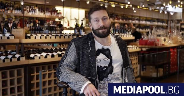 Евгений Чичваркин в своя магазин за луксозни вина в Лондон