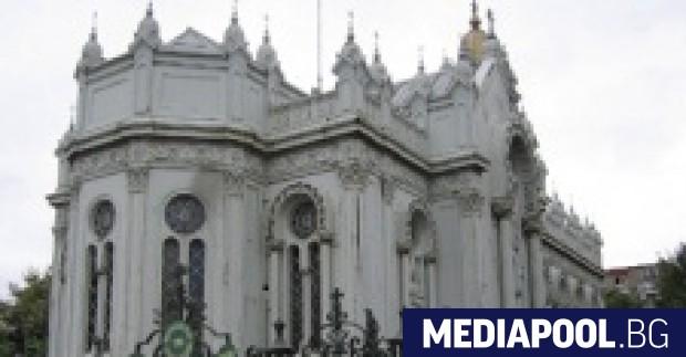 Няколко хиляди православни българи посрещнаха Великден в реставрираната българска Желязна