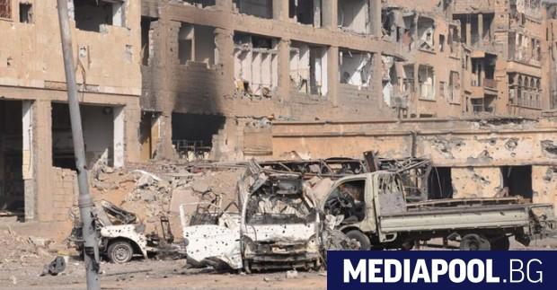 Десетки автобуси със сирийски бунтовници, които капитулираха и се съгласиха