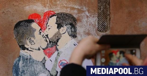 Напрежението между двете популистки формации, спечелили парламентарните избори в Италия
