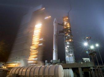 """НАСА изстреля сондата """"ИнСайт"""", която ще изследва Марс"""